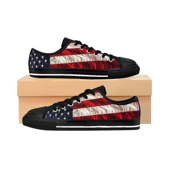Men's American Flag Sneakers (Please order one size larger)