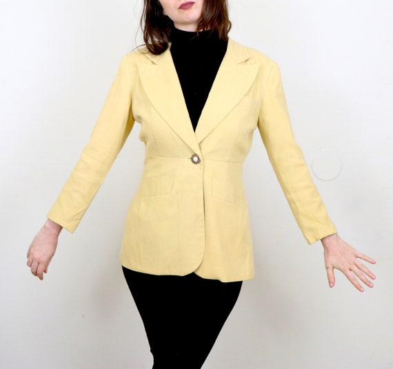 1980's Yellow Blazer/1980's Blazer With Pockets/19