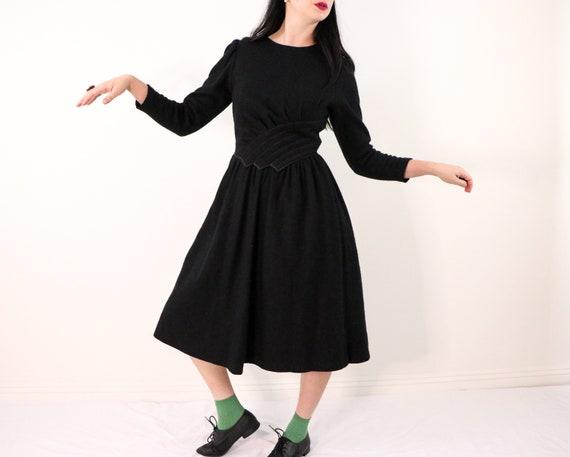 1980's Black Wool Dress/1980's Black Dress With Sh
