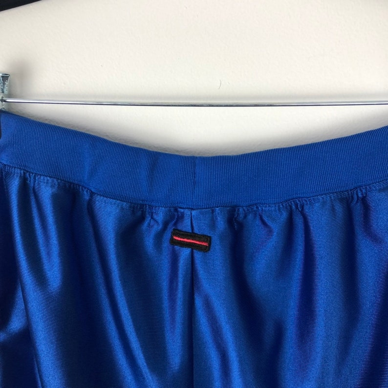 Circa 1992 90s Streetwear Fashion For Us By Us VTG Fubu Shorts Basketball Shimmer Shorts Mens Size Large L