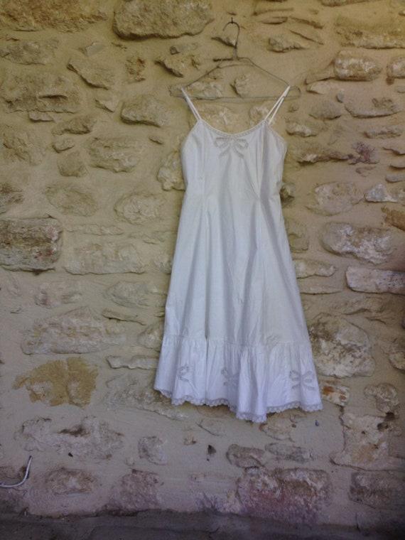 Vintage 1940 underdress petticoat