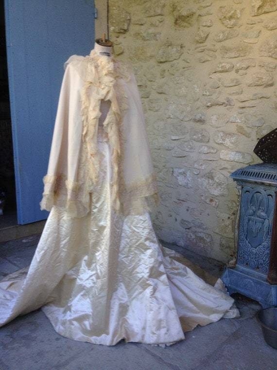 Antique victorian  cape and skirt
