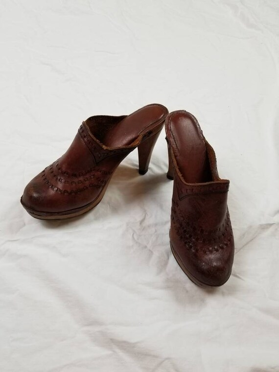 8 70s clogs, brown leather COOL boho