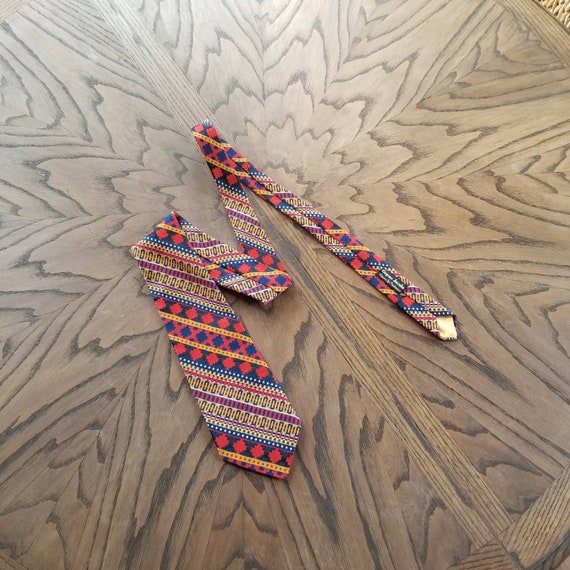 60s-70s tie, mens polyester colorful stripes