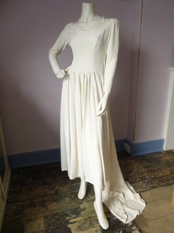 Exquisite Elegant Vintage Wedding Dress 1970s