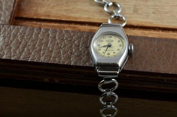 Women's Vintage Watch