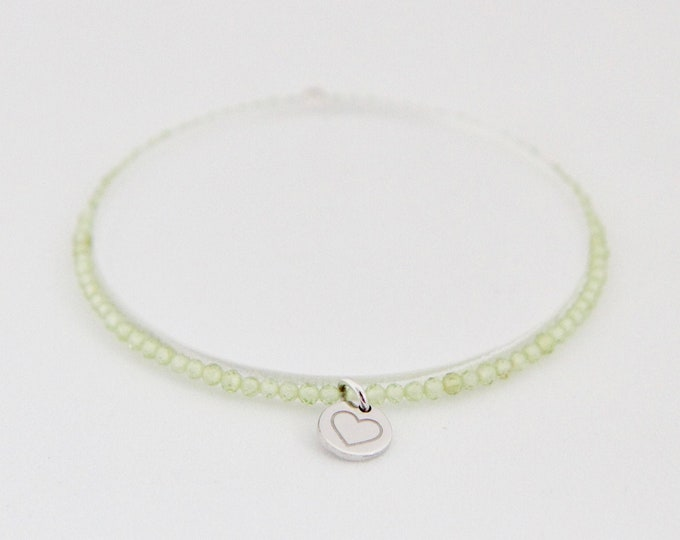 Peridot and 9 kt white gold bracelet