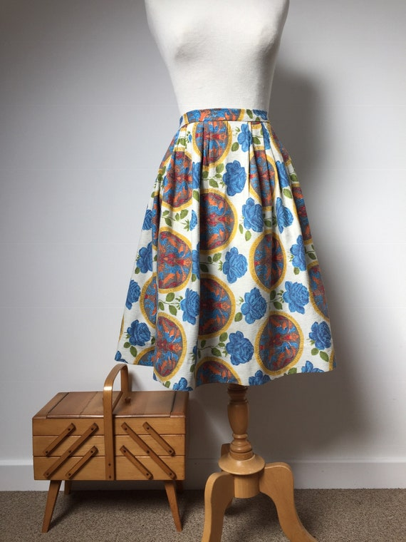 1950s Barkcloth Skirt, 1950s Novelty Print Skirt,… - image 2