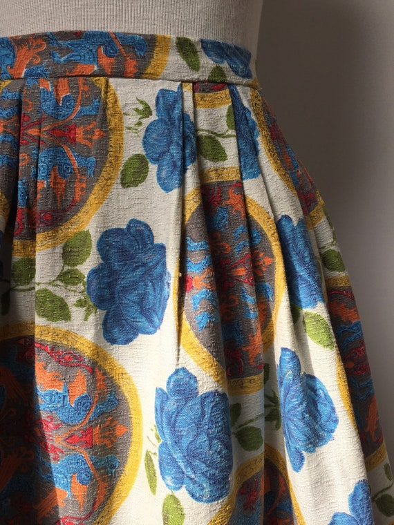 1950s Barkcloth Skirt, 1950s Novelty Print Skirt,… - image 9