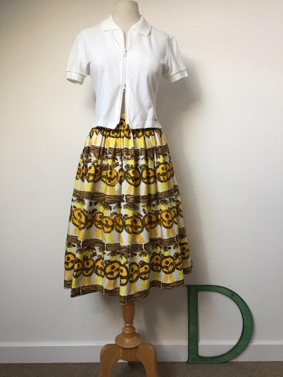 1950s Novelty Print Skirt - image 2