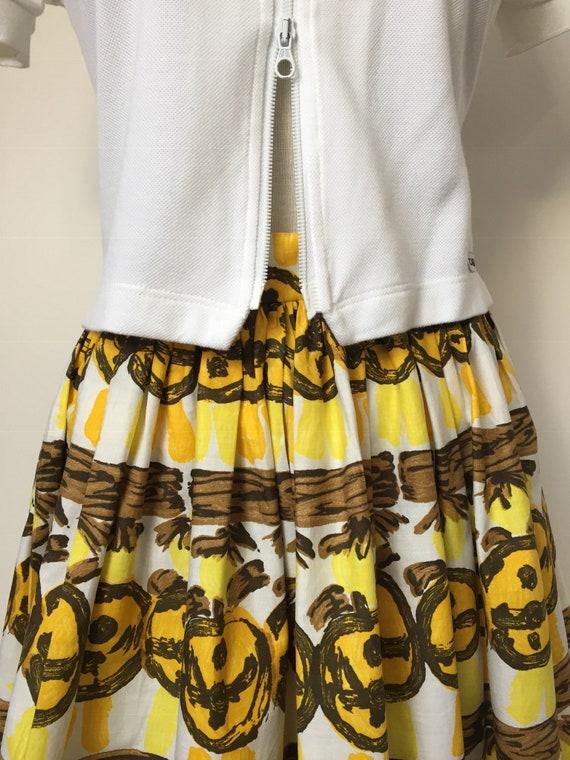1950s Novelty Print Skirt - image 3