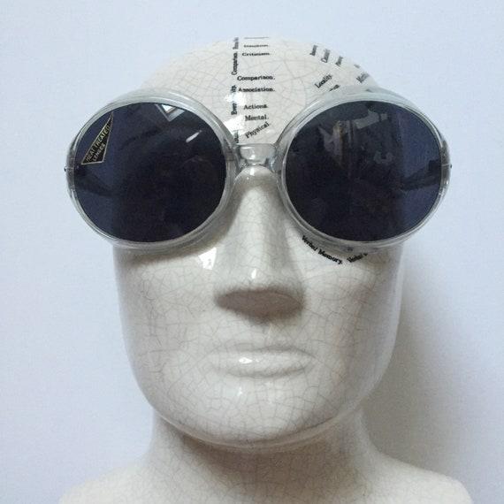 DEADSTOCK 60s 70s Bug Eye Sunglasses, Selecta Sung