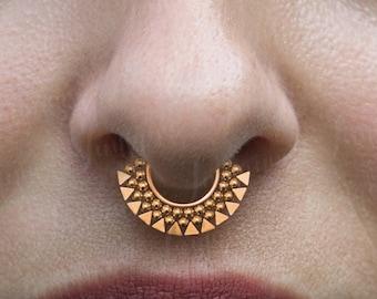 Tribal Gold Septum\u239cPyramid