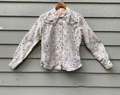 Side Kick brand 70s ladies western shirt, size Small, great floral print and contrasting piping white pearl buttons not snaps, great collar