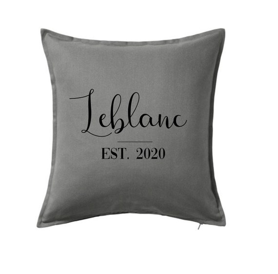 or custom color pillow cover Personalized wreath family name and letter BLACK