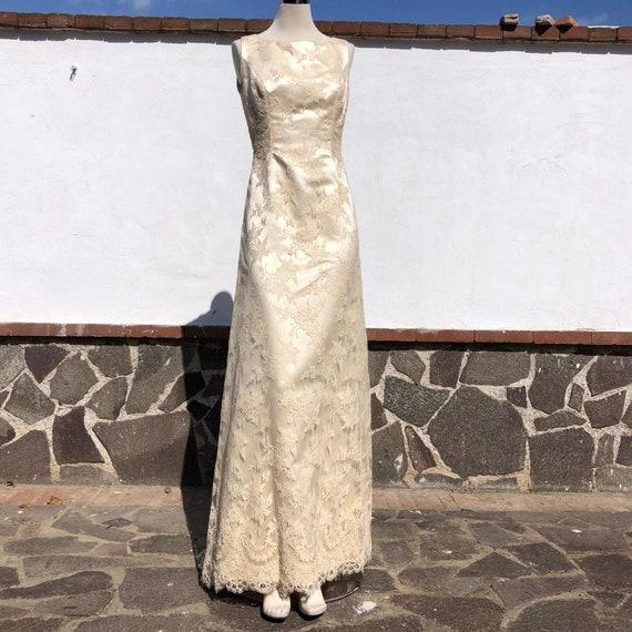 Lace wedding dress, sleeveless wedding dress, merm