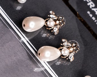 21a296adc Gucci Style Crystal Bee Drop Faux Pearl Earrings Vintage Gold