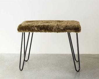 Green fur bench, rectangular