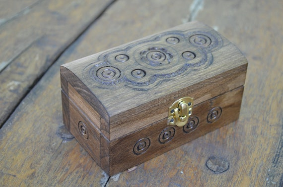 Jewellery box Wood carving schatulle Wedding gifts Jewelry box  Wooden box gift her box  rings Wood boxes,Jewelry boxes