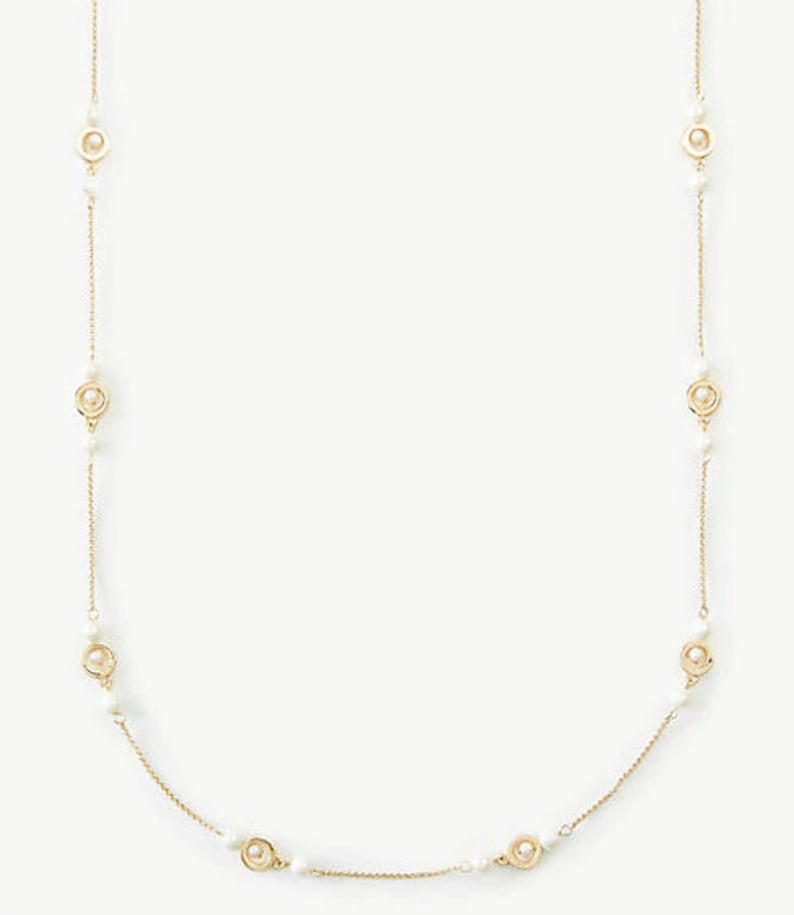 Halo Pearlized Station Necklace