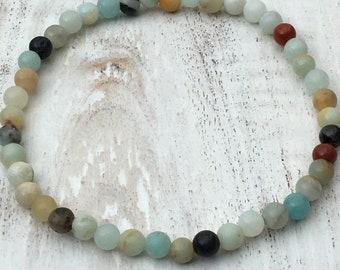 Amazonite bracelet, minimalist beaded bracelet, bracelet of semi-stone, chakra bracelet.