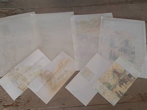Ephemera Paper for scrapbooking. Set of sheet of paper with over vintage of the 90s Set of 4 sheets of paper for write cards