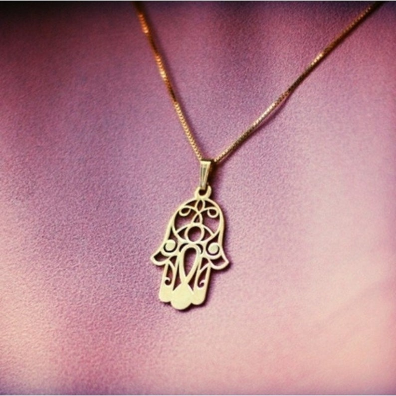 Hamsa Hand Pendant Hamsa Jewelry Hamsa Hand Charm Hamsa Hand Necklace Fatima Hand necklace Fatima Necklace Thoughtful Necklace