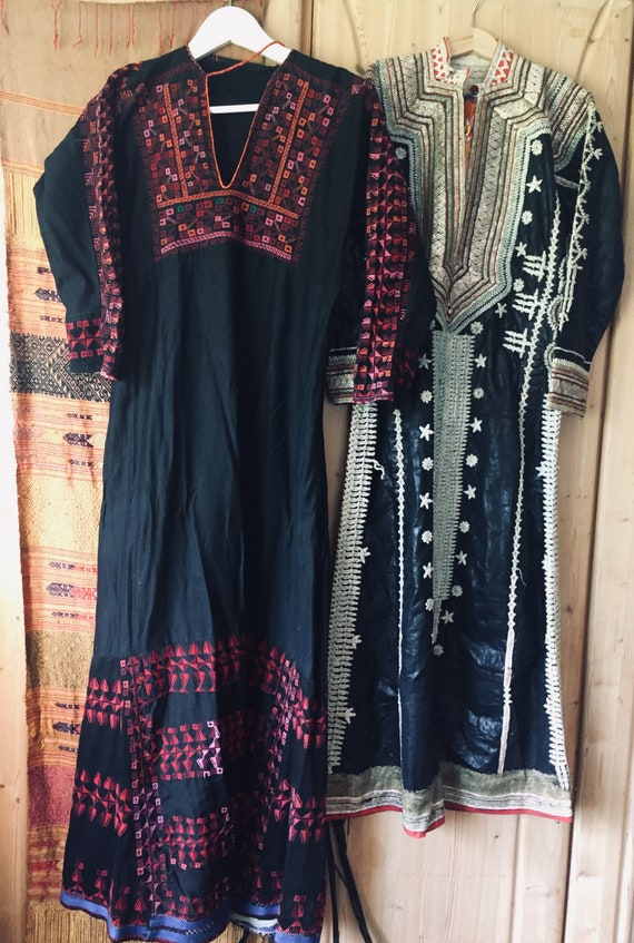 Vintage Beautiful Palestinian dress caftan hand em