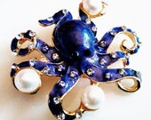 ENAMELED OCTOPUS BROOCH Fabulous Purple Enameled,Sparkling Crystals,Luminous White Pearls Figural Pendant Pin Accessory Gold Tone Setting.
