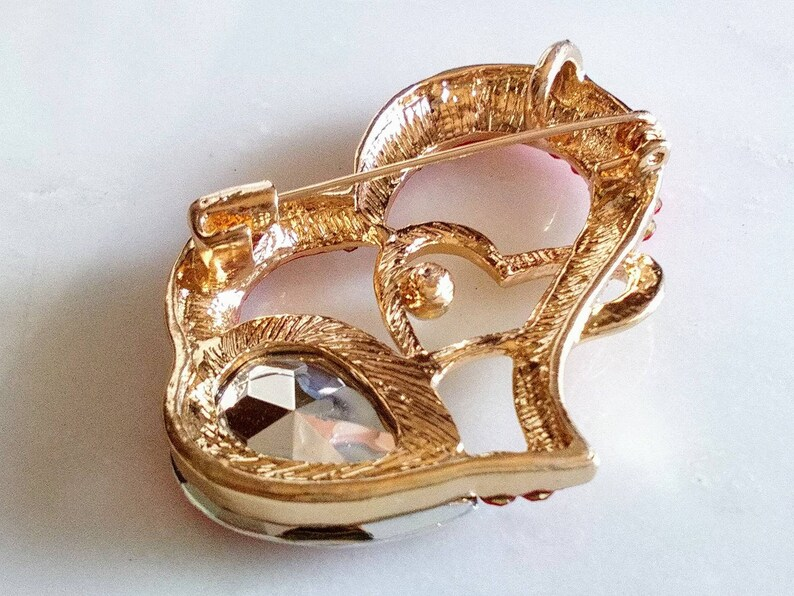Wow Beautiful Shining Fine Gold Tone Set VALENTINE/'S HEART BROOCH Excellent Sparkling Topaz Blue /& Clear Crystal PendantPinAccessory