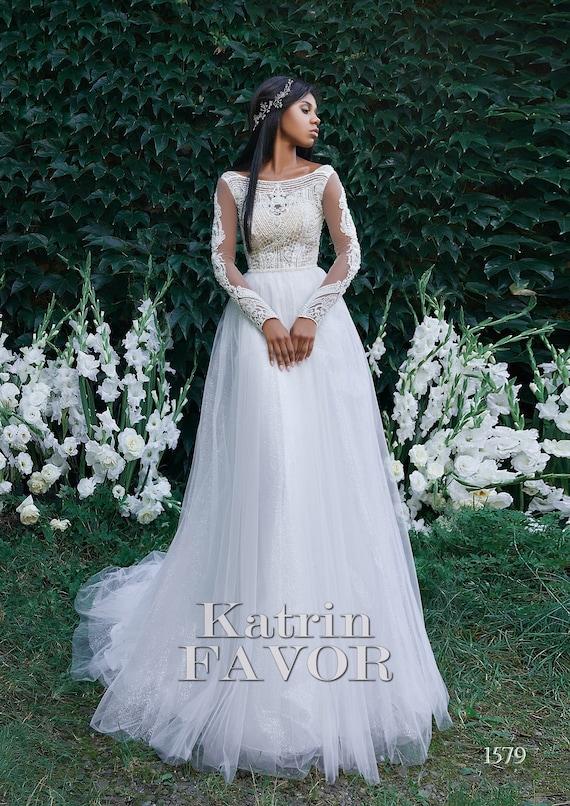 Long Sleeve Wedding Dress Simple Wedding Dress Alternative Etsy