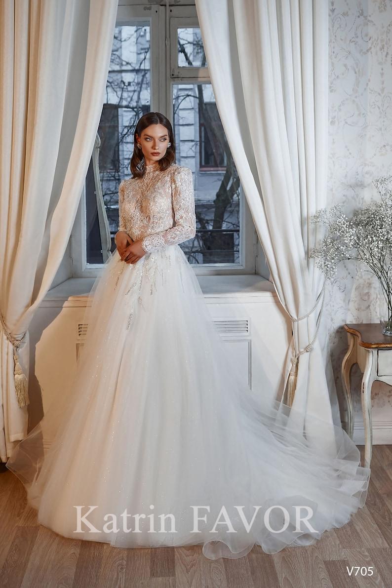 Long Sleeve Modest Wedding Dress High Neck Lace Wedding Gown image 4