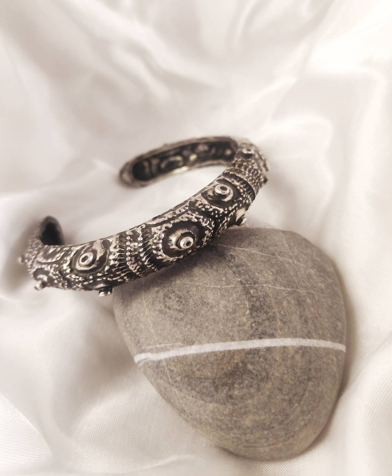 Argent A gift for the ones who love the Mediterranean sea. Sterling Silver 925 Sea urchin bracelet straight from the Aegean sea