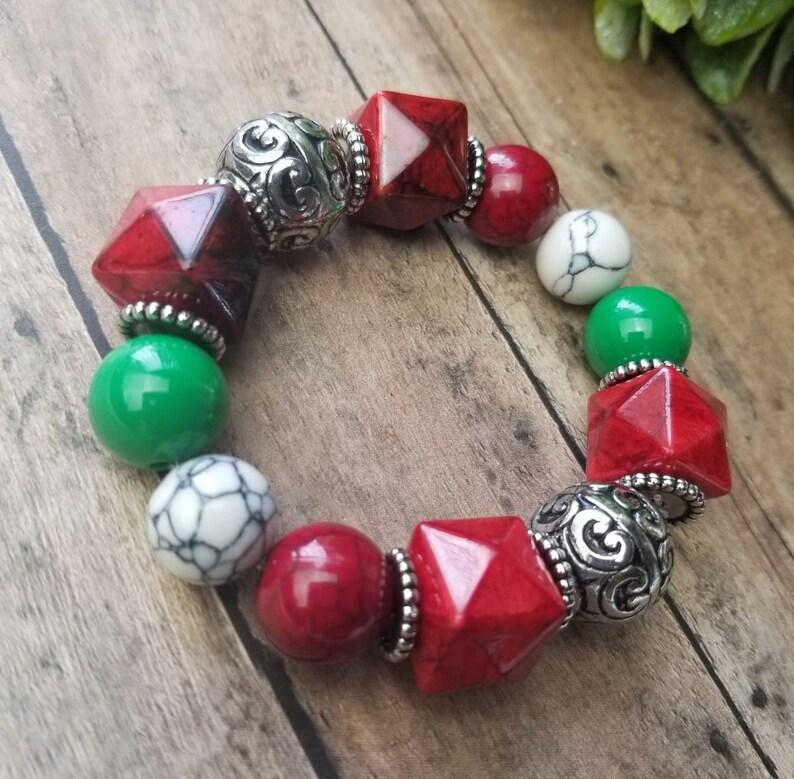 Christmas Bracelet Hunter Green Chunky Christmas Jewelry, Holiday Bracelet Green Bracelets Holiday Jewelry Red Bracelets