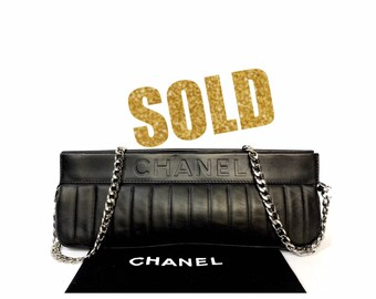 VINTAGE CHANEL Lambskin Vertical Stitched Mademoiselle Logo embossed Black  Chain crossbody Bag 632e4d4264ee0