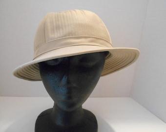 09f9dbc08a9 Vintage Mr. John Bucket Hat Beige Adult Small Rain Hat Casual Hat
