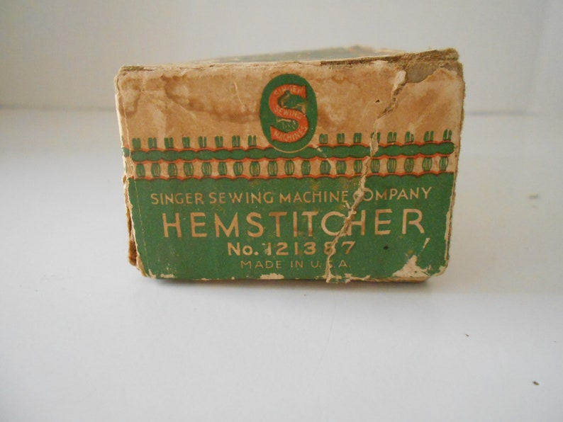 121387 in Original Box with Booklet 1930/'s Vintage Singer Hemstitcher /& Picot Edger No