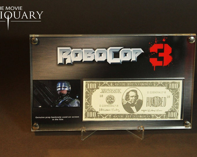 Robocop 3 - screen used bank note display