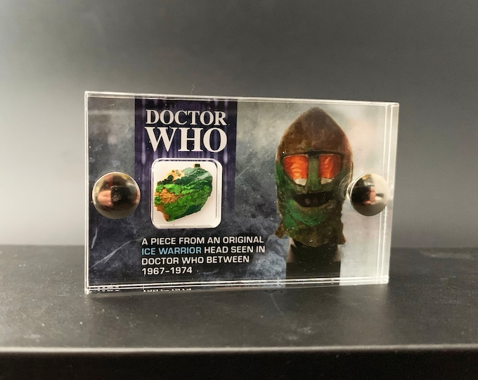 Mini Display - Doctor Who - Ice Warrior Piece from Screen Used Head V2