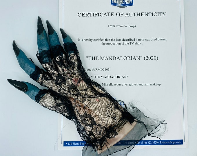 The Mandalorian - Production Used Alien Hand