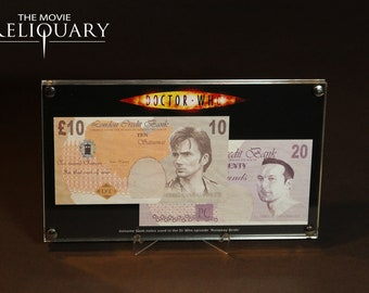 Dr Doctor Who - Production bank notes display props