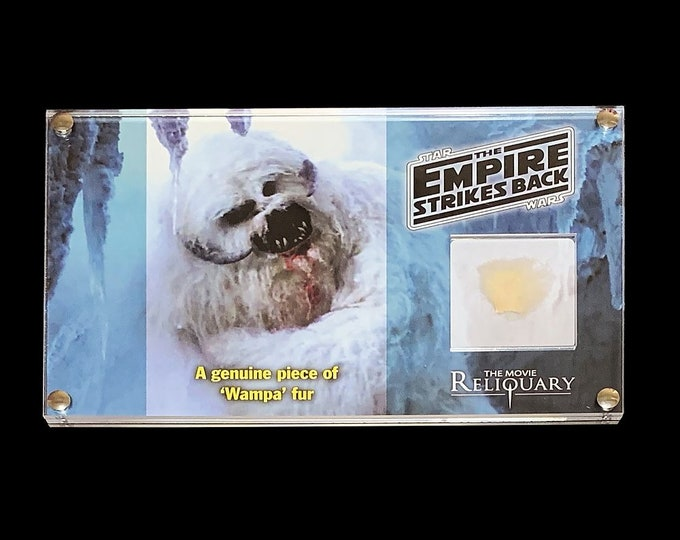 Large Display - Star Wars - The Empire Strikes Back - Wampa fur swatch