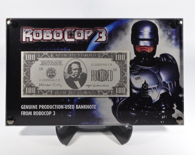 Robocop 3 - screen used bank note display