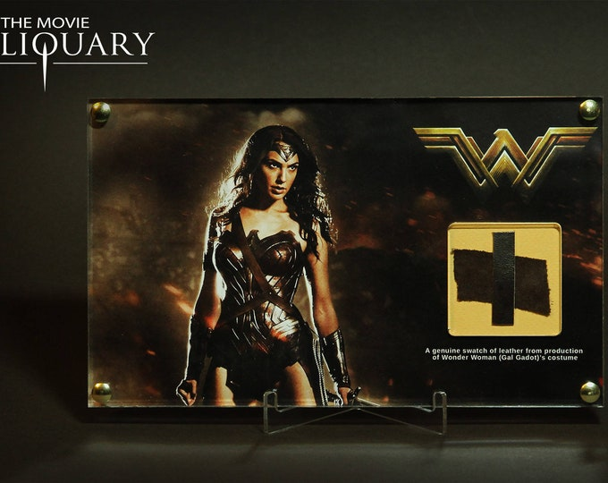 Wonder Woman - Gal Gadot costume swatch display