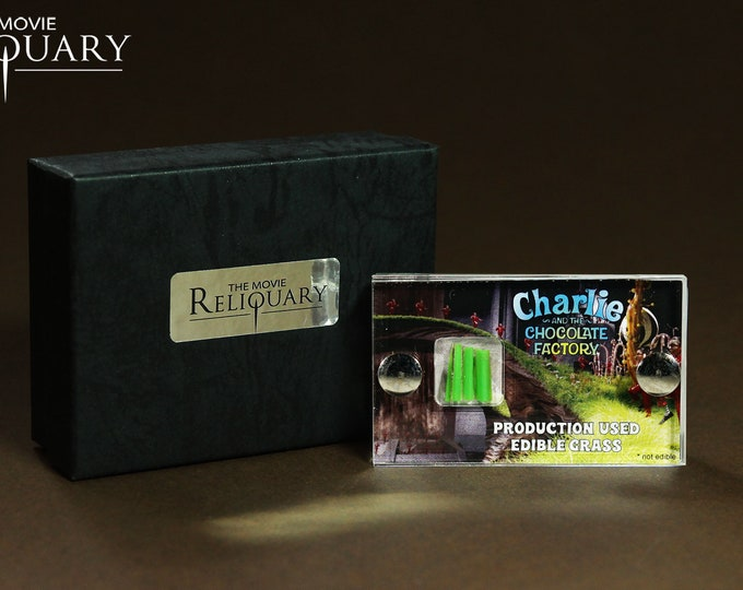Mini Display - Charlie and the Chocolate Factory Production Used Grass