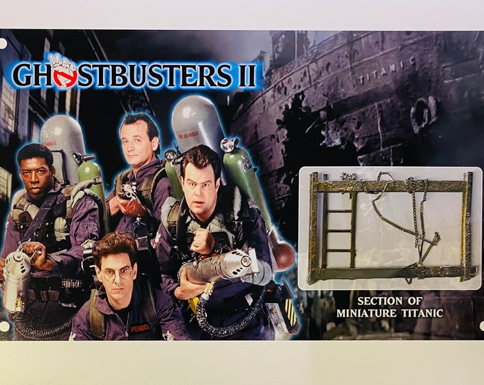 Large Display - Ghostbusters 2 - Titanic Miniature Ladder & Chain Section