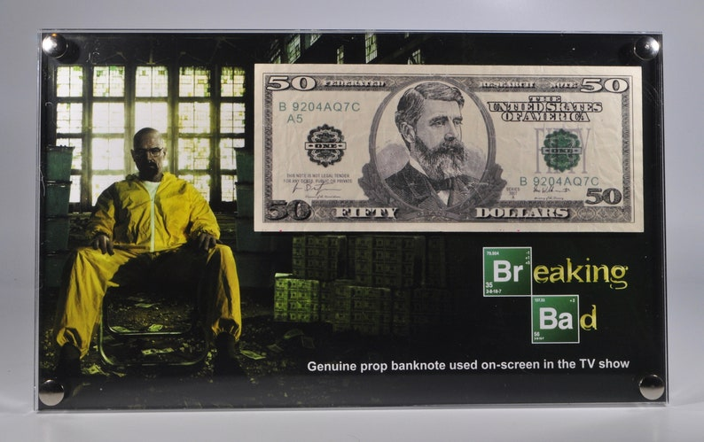 Breaking Bad  screen used bank note display image 0