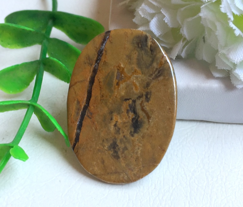 Natural Lion Skin Jasper Cabochon Beautiful Lion Skin Jasper Gemstone For Jewellery Gemstone Making 35x25x4 mm 60070