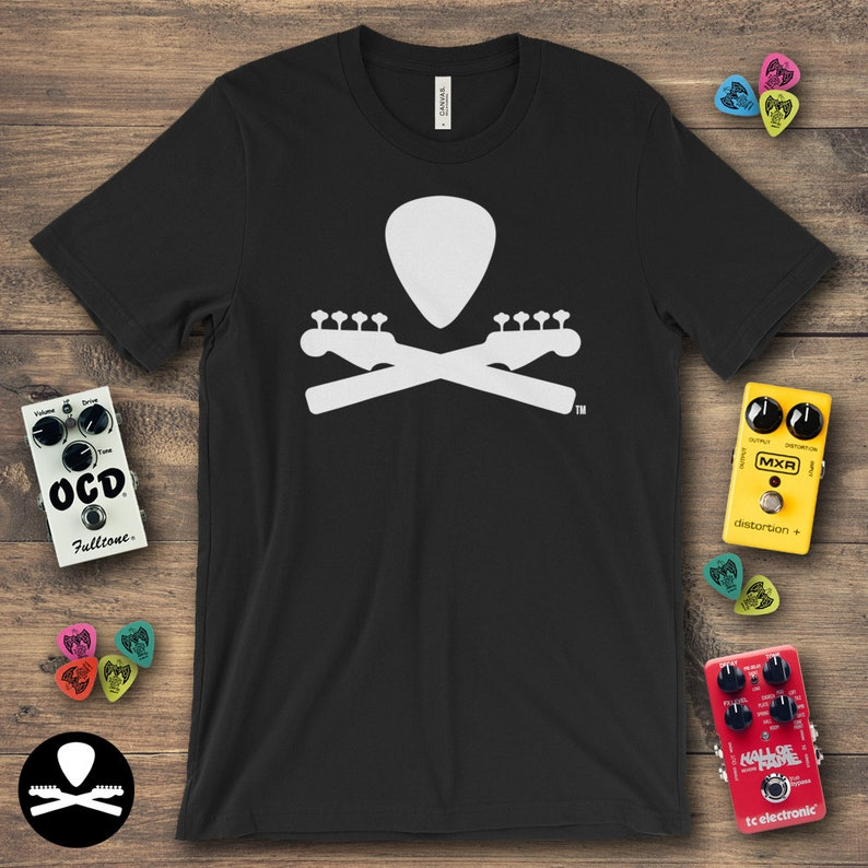 Basic Dimbled Bass Guitar Crossbones T-Shirt image 0