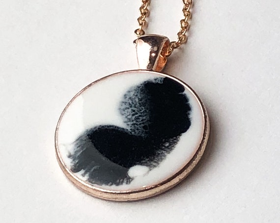 Black and White Circle Rose Gold Pendant Necklace. Great Gift For Her at Christmas